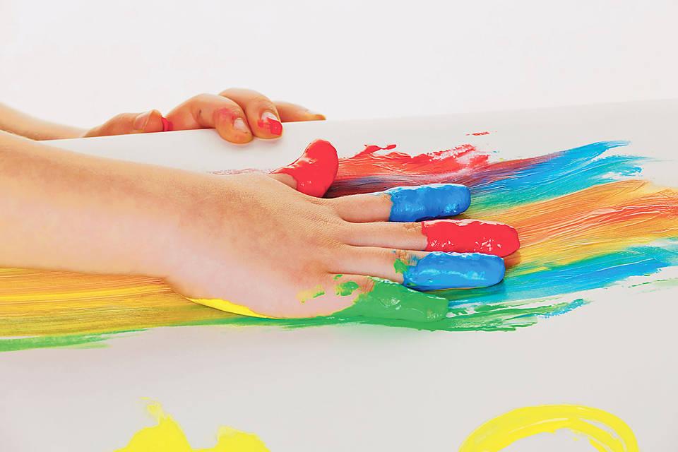 bemalte Kinderhand